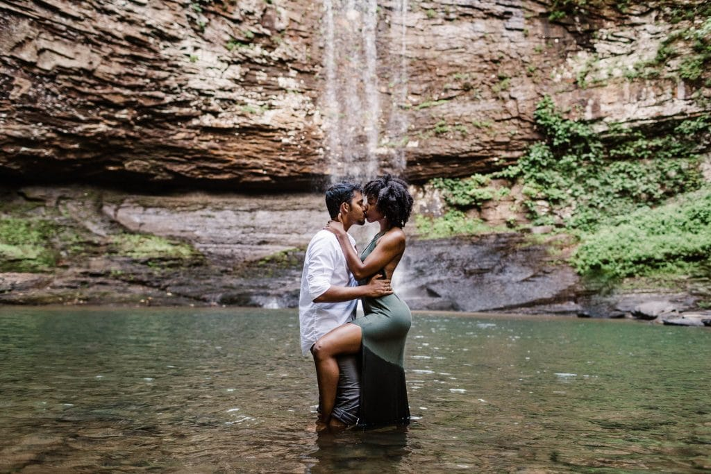 neutral tone summer engagement photo outfits example