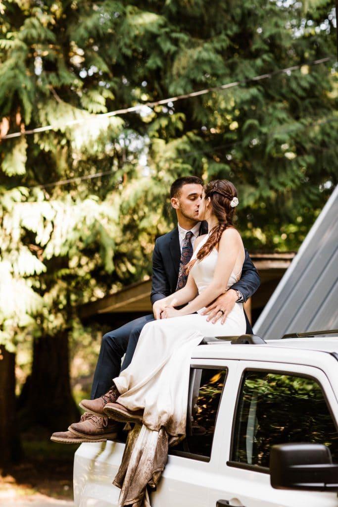 Jeep adventure elopement in Mt Rainier National Park | mountain adventure and elopement photographers near Seattle Washington