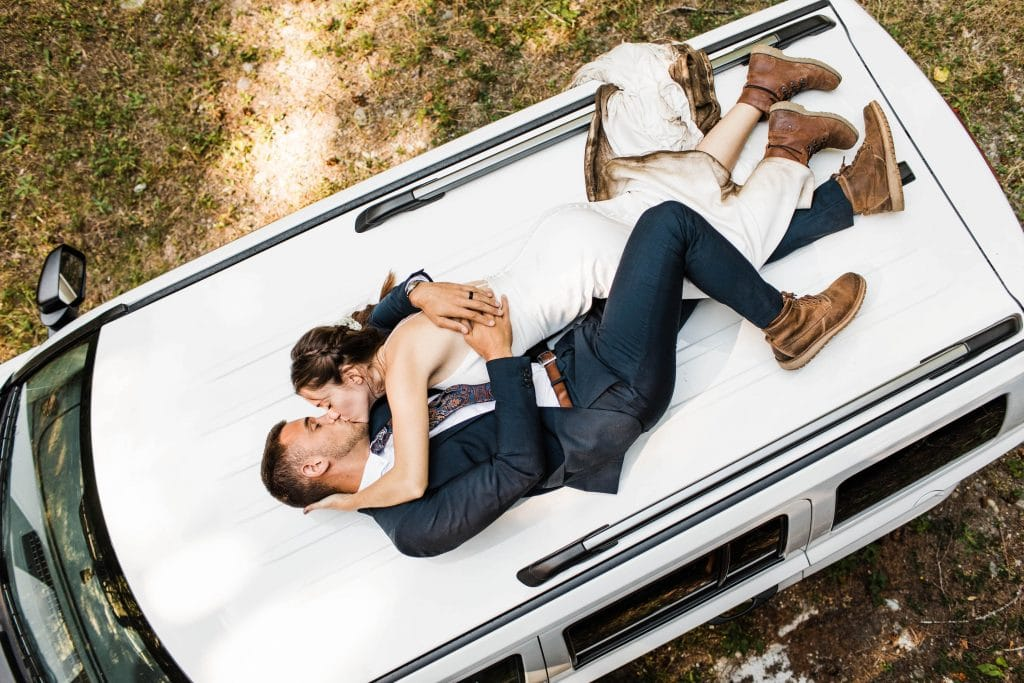 best places to elope in US | North Cascades Jeep elopement