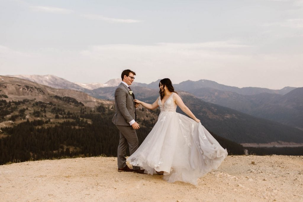 unique eloping ideas for after your elopement ceremony | silent first dance